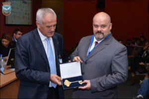 dunavski-biznis-forum_zlatni-kljuc_800_533