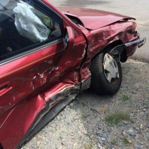 car-accident-1660670_1280_600_600