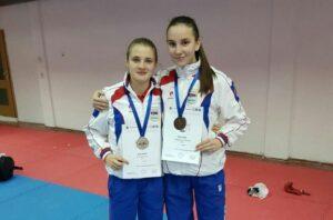 karate-anja-milovanovic-aleksandra-vujasinovic_800_528