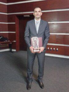 nagrada-jonjev-3_450_600