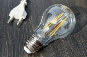 light-bulb-1640438_1920_800_528